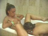 Two amateur girls shoot the perfect lesbian scene