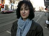 Joanna show to Harry