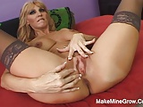 Hot Chelsea Has A Big Tities And Can Do A Tit Fuck