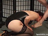 Slutty mature brunette gets big butt spanked