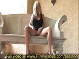 Taryn Awesome Sexy Blonde Masturbating