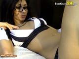 brunette girl making hot pussy cam 2
