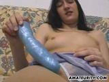 Amateur Girlfriend Toys And Gives A Blowjob With Cumshot