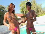 Outdoor booty babe bounces black ass in trio
