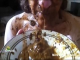 Bitch Loves Eating Shit - Scat slave Videos
