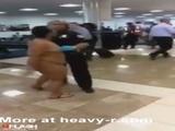 Crazy Woman Walking Naked At Airport - Bbw Videos