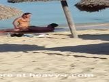 Couple Caught Fucking On The Beach - Public sex Videos